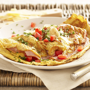 Cheddar Cheese & Cherry Tomato Omelette
