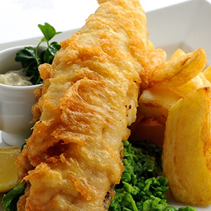 Traditional Fish & Chips & Tarter Sauce